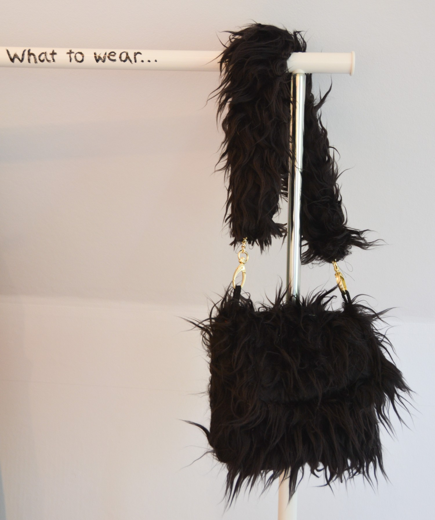 faux fur bag strap